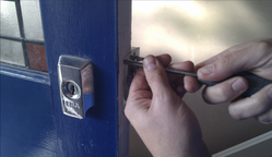 door repair croydon